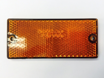 REFLECTOR AMBER S/ADH+SCREW FIX 90x40mm (79mm Centres)